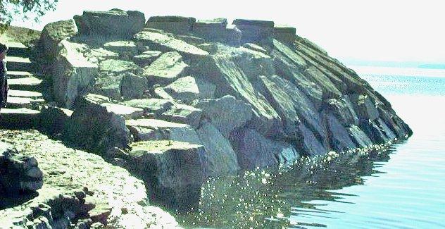 Retaining Walls_Lake Erosion